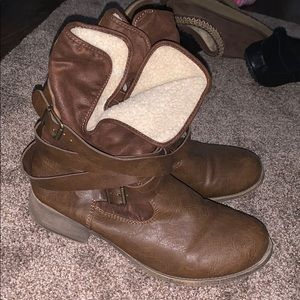 Maurices women's boots size 11